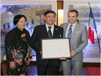 Award Ceremony of French Order of Arts and Literature to Mr. Pham The Khang
